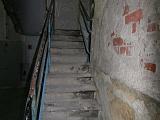 Marodes Treppenhaus im Bürotrakt (Amino-Gebäude) vor der Sanierung